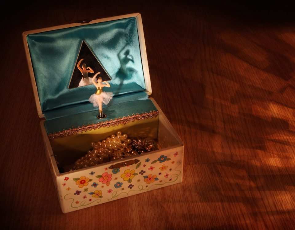 ballerina in the box_press release